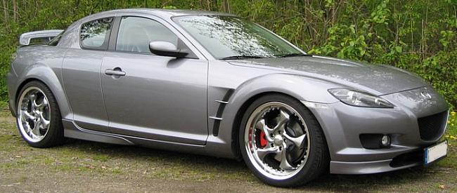 Keskin KT7 on Mazda RX8