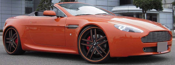 Aston Martin Vantage on 20 inch Forgiato Vizzo